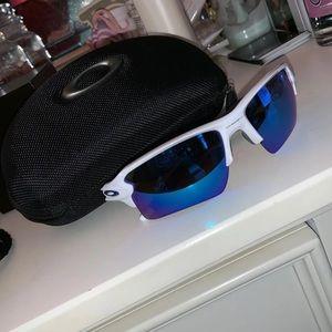 Oakley women's sunglasses! Never worn!